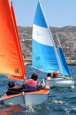 Veleros Hansa navegando talleres de trabajo en quipo y regatas corporativas PDV