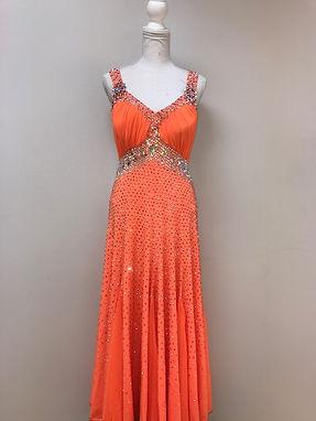 Dress 148 Front.jpg