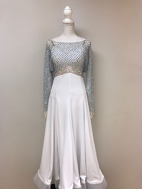 Dress 164 Front.jpg