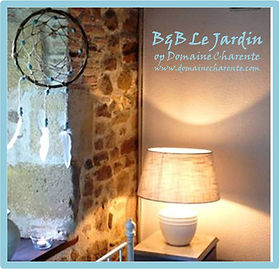 B&B Le Jardin - nieuw hoekje met lamp en