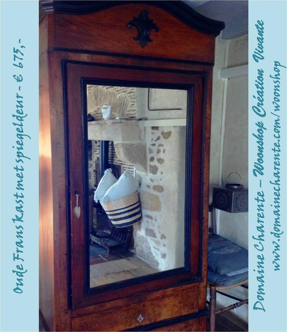 Vraag ons ook naar ons assortiment antieke kasten, diverse modellen en maten. Mail: domainecharente@hotmail.com