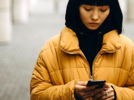 Smartphones & Mental Health | 8 Tips for Digital Wellbeing