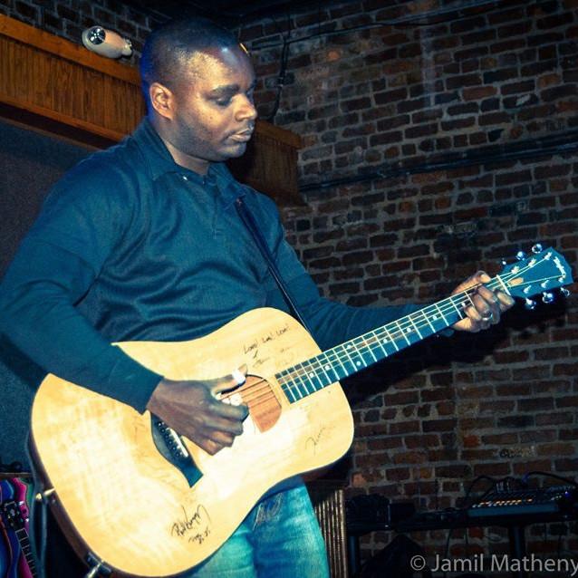Free Live Music: Zack Artis