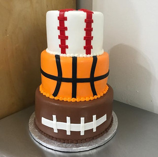 🏀Super Cool sports themed Cake Done Her