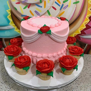BEAUTY & THE BEAST IN PINK ❤️#thecupcake