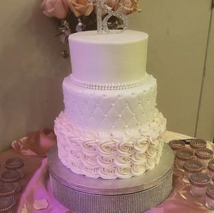 Beautiful 18th Birthday cake! Dont wait