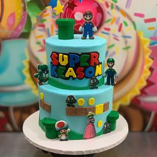 SUPER MARIO THEMED CAKE.  #downtownhaywa