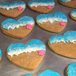 BEACH THEMED COOKIES!! YES WE DO COOKIES