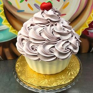 JUMBO CUPCAKE CAKE ! _Feeds 15 Customiza