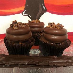 CHOCOLATE BACON CUPCAKE 🥓 _BACK BY POPU