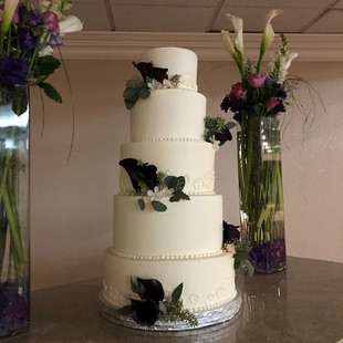 THE CUPCAKE SHOPPE DOES WEDDINGS TOO...L