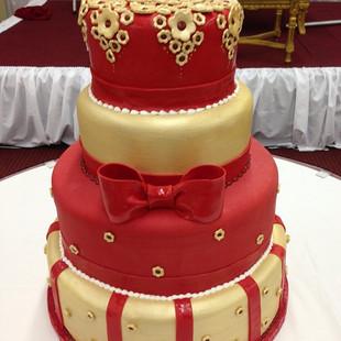 BEST AND BIGGEST CAKE SO FAR!!! #wedding
