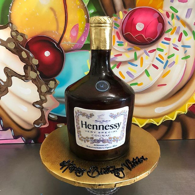 WEEKEND FAVORITE!  HENNESSY BOTTLE ... A