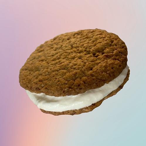 Carrot Cake Cookie Sandwich