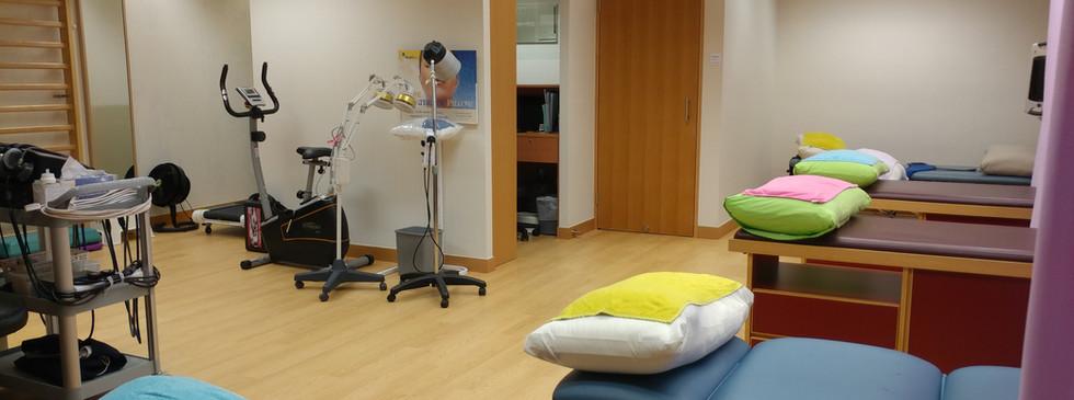 診療室 Treatment Area