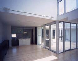 2001 青葉台の住宅(wtr)05