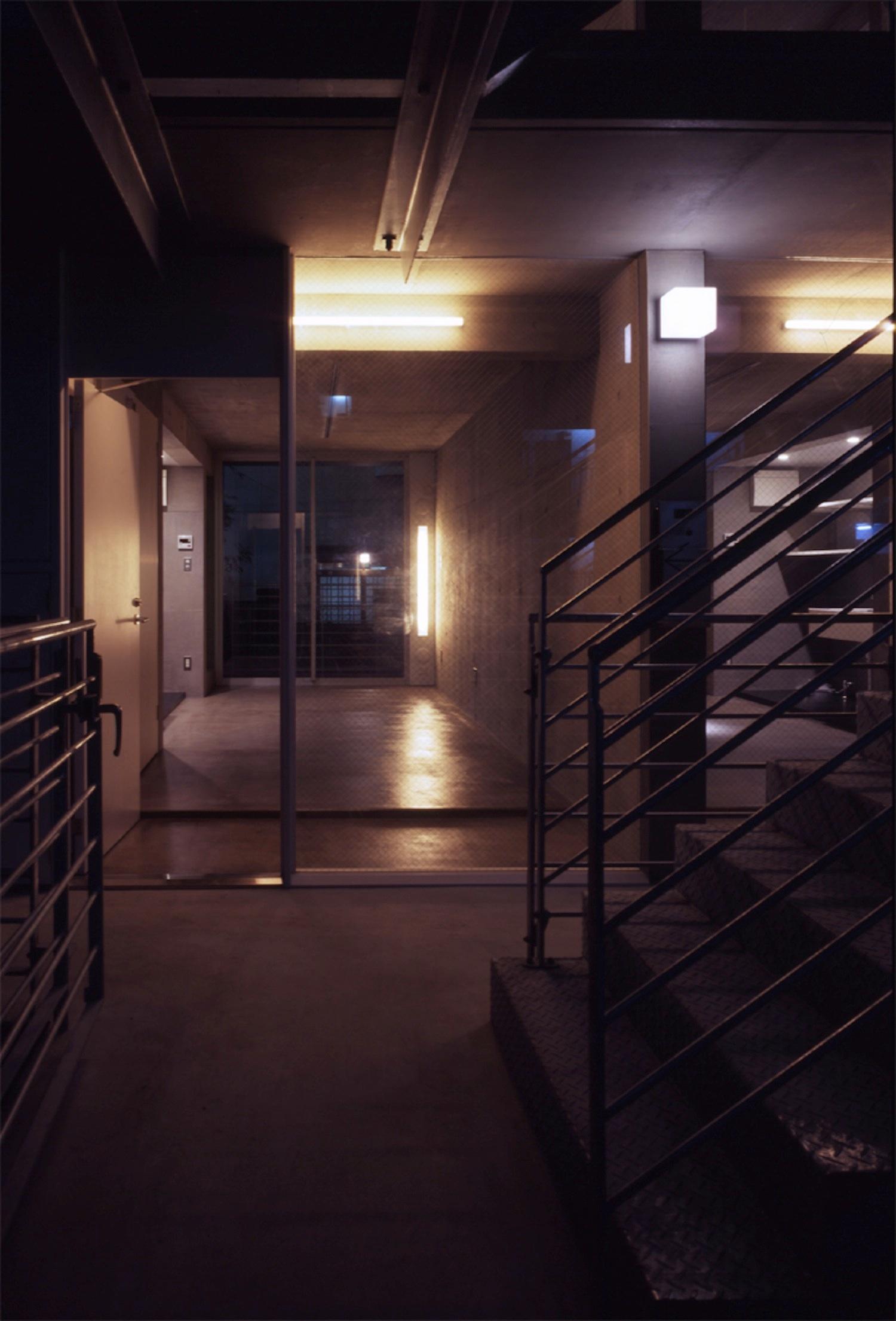 子安のトンネルアパートメント13