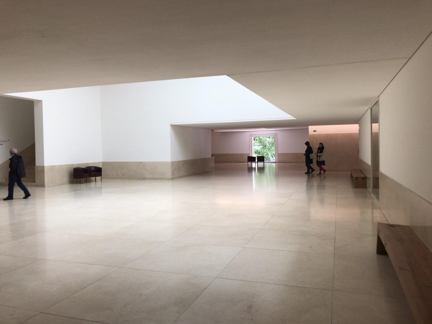 セラルヴェス現代美術館_180602_0018