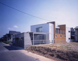 2001 青葉台の住宅(wtr)02
