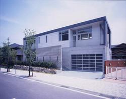 2001 12.5°House(kvr)02