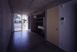 子安のトンネルアパートメント14