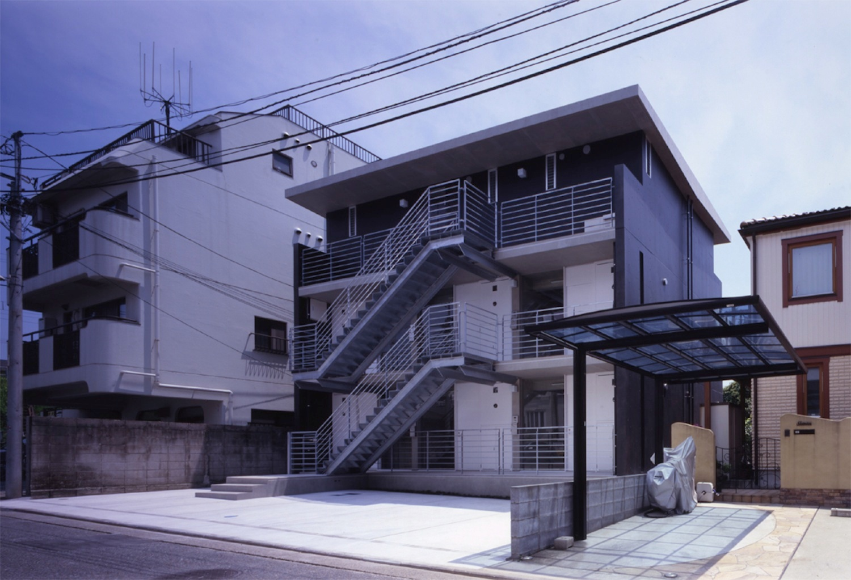 子安のトンネルアパートメント02