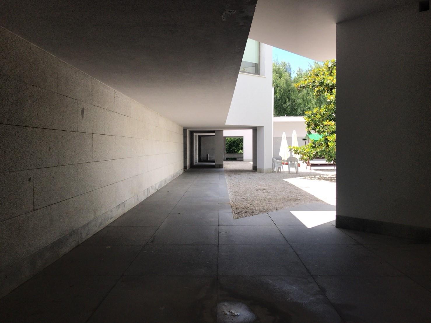 セラルヴェス現代美術館_180602_0020