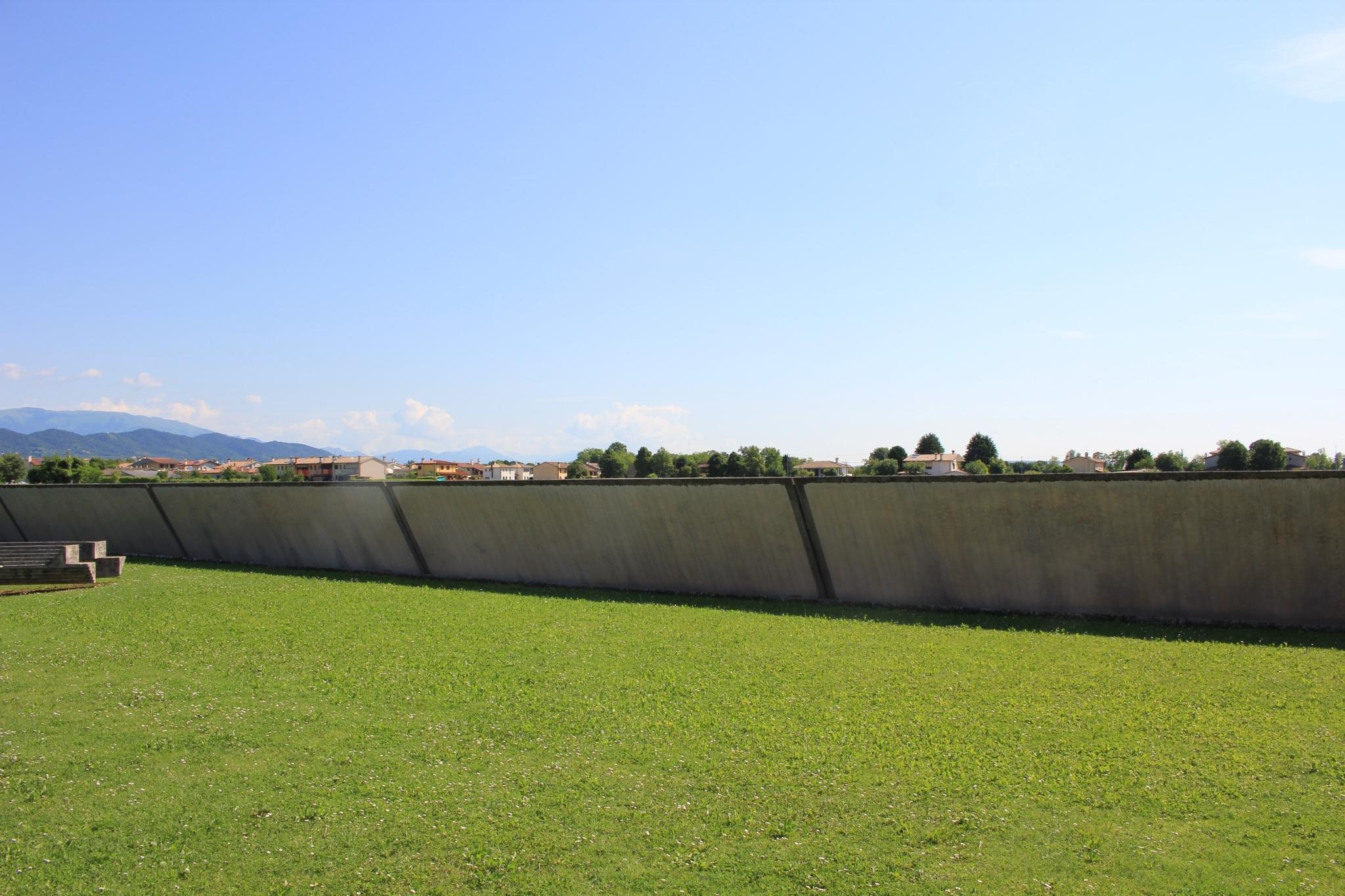 ブリオンベガ墓地22
