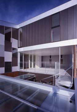 2008 相生町の写真スタジオ+2世帯住宅03