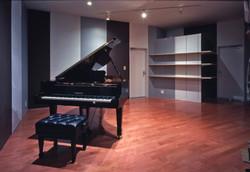 ピアニスト夫婦の大家族住居06