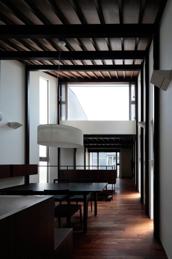 2011 WOOD × STEEL HOUSE恵比寿の住宅04