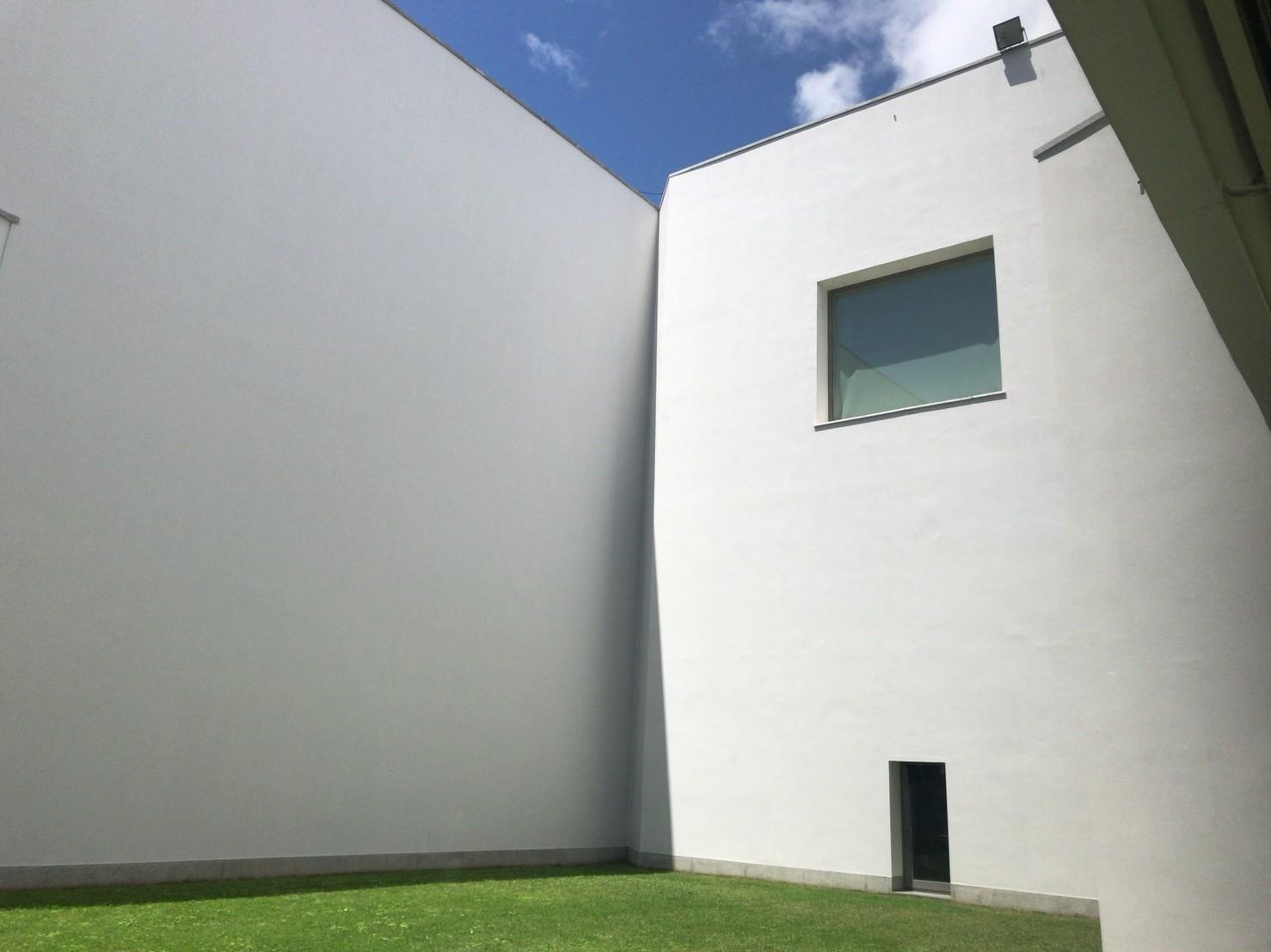 セラルヴェス現代美術館_180602_0075