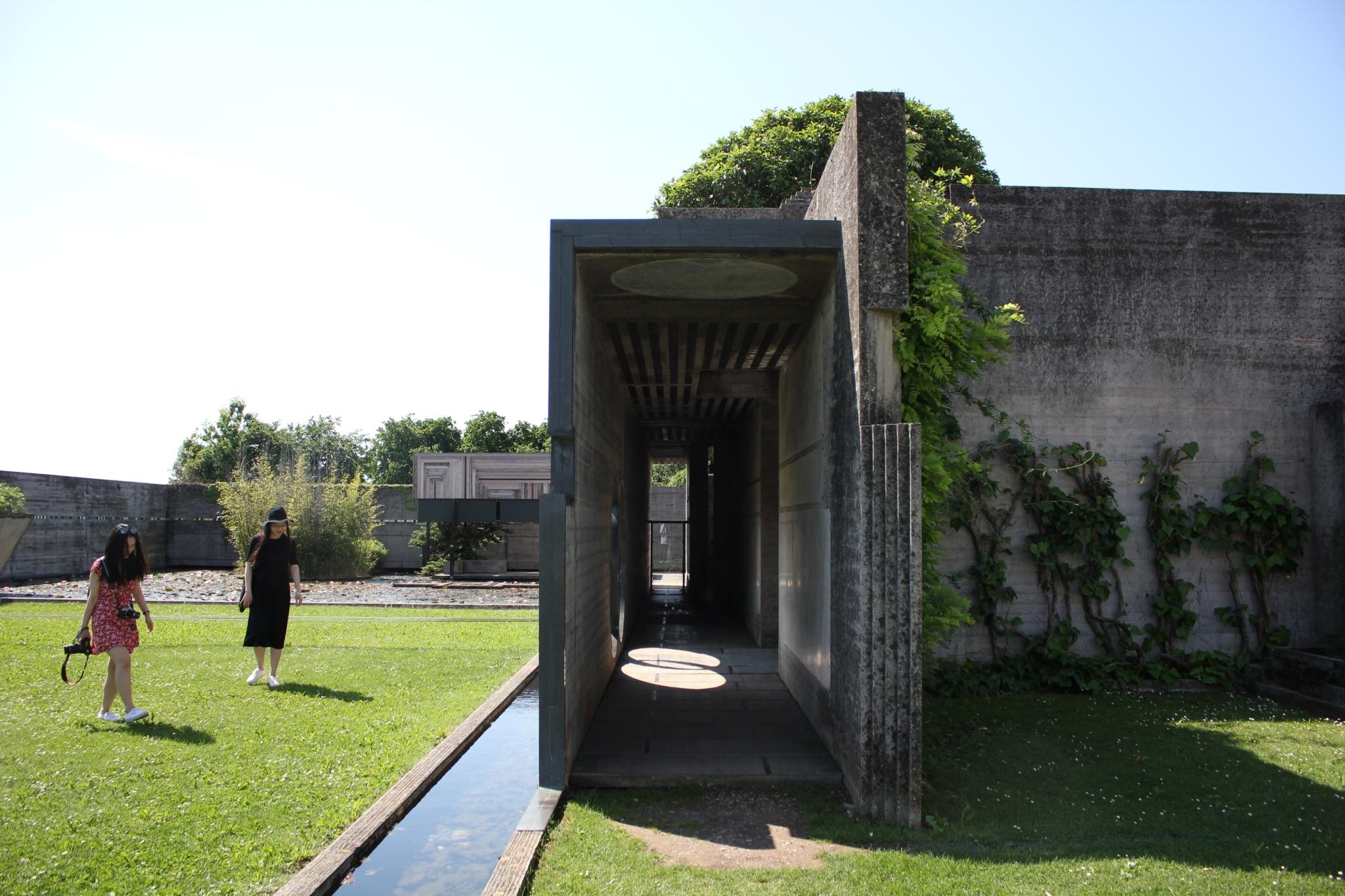 ブリオンベガ墓地26