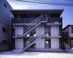 子安のトンネルアパートメント03
