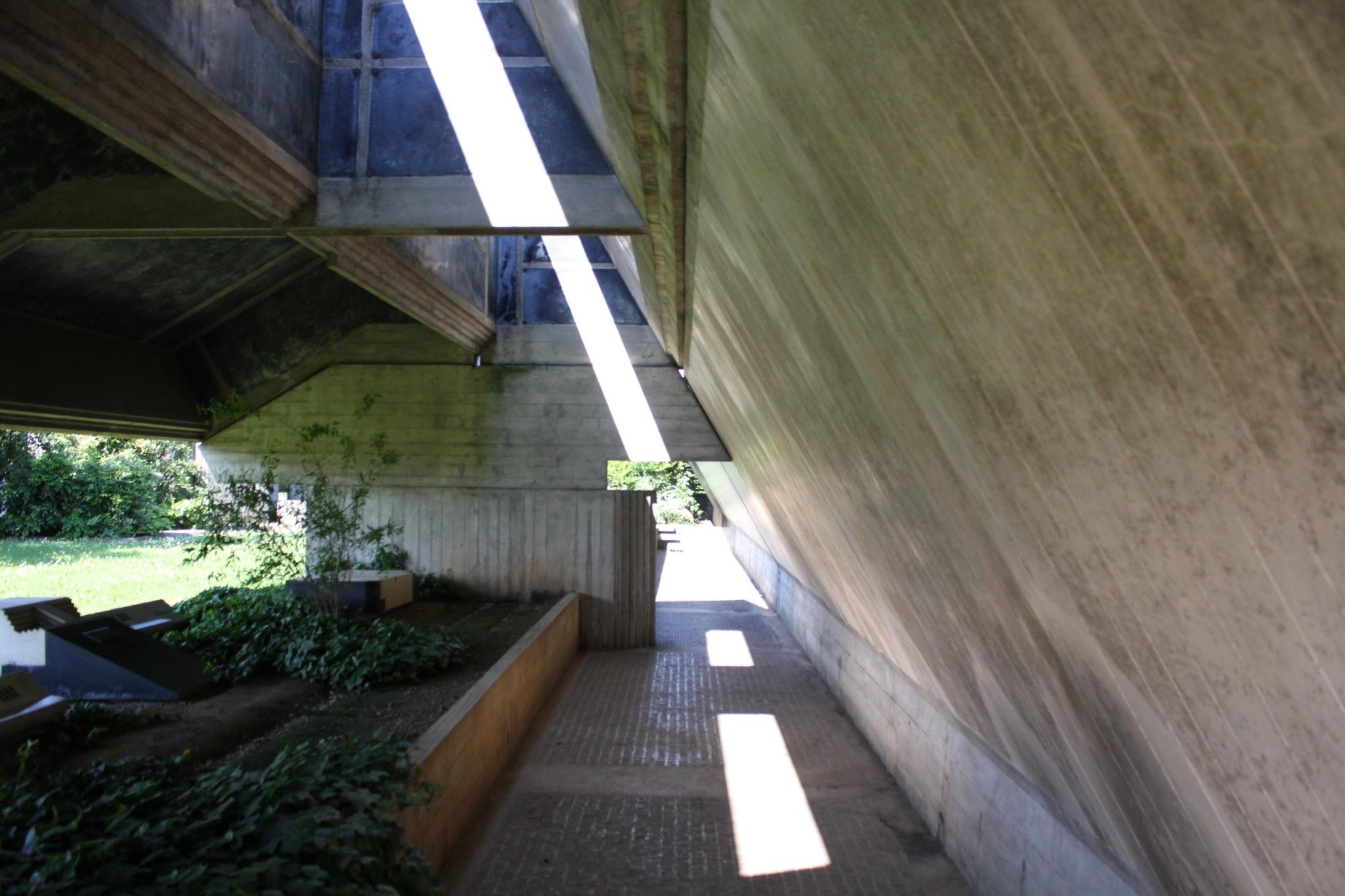 ブリオンベガ墓地18