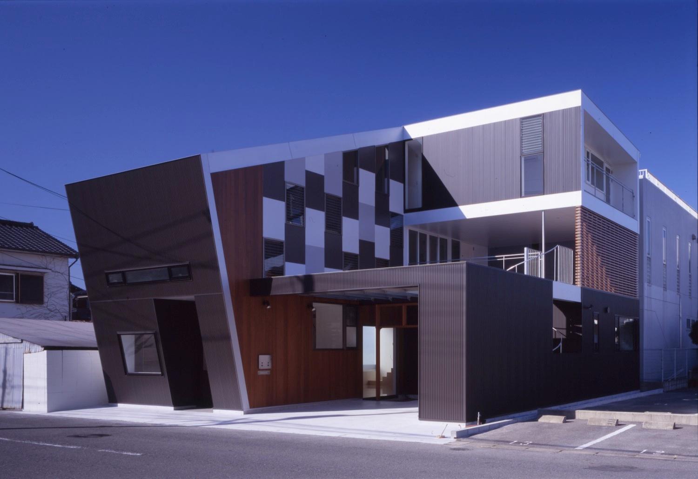 2008 相生町の写真スタジオ+2世帯住宅01