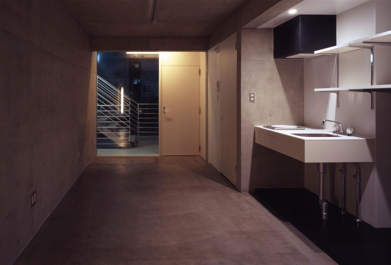 子安のトンネルアパートメント15