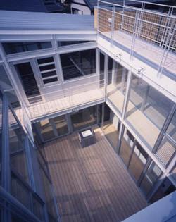 2001 青葉台の住宅(wtr)07