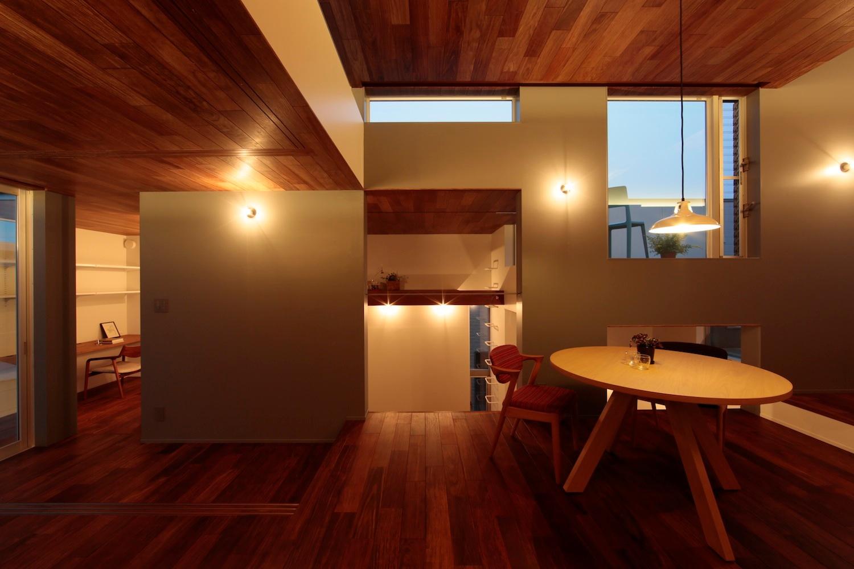 2014 徳力新町の住宅 川を眺む家