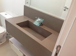 Banheiro pequeno-Silestone Unsui