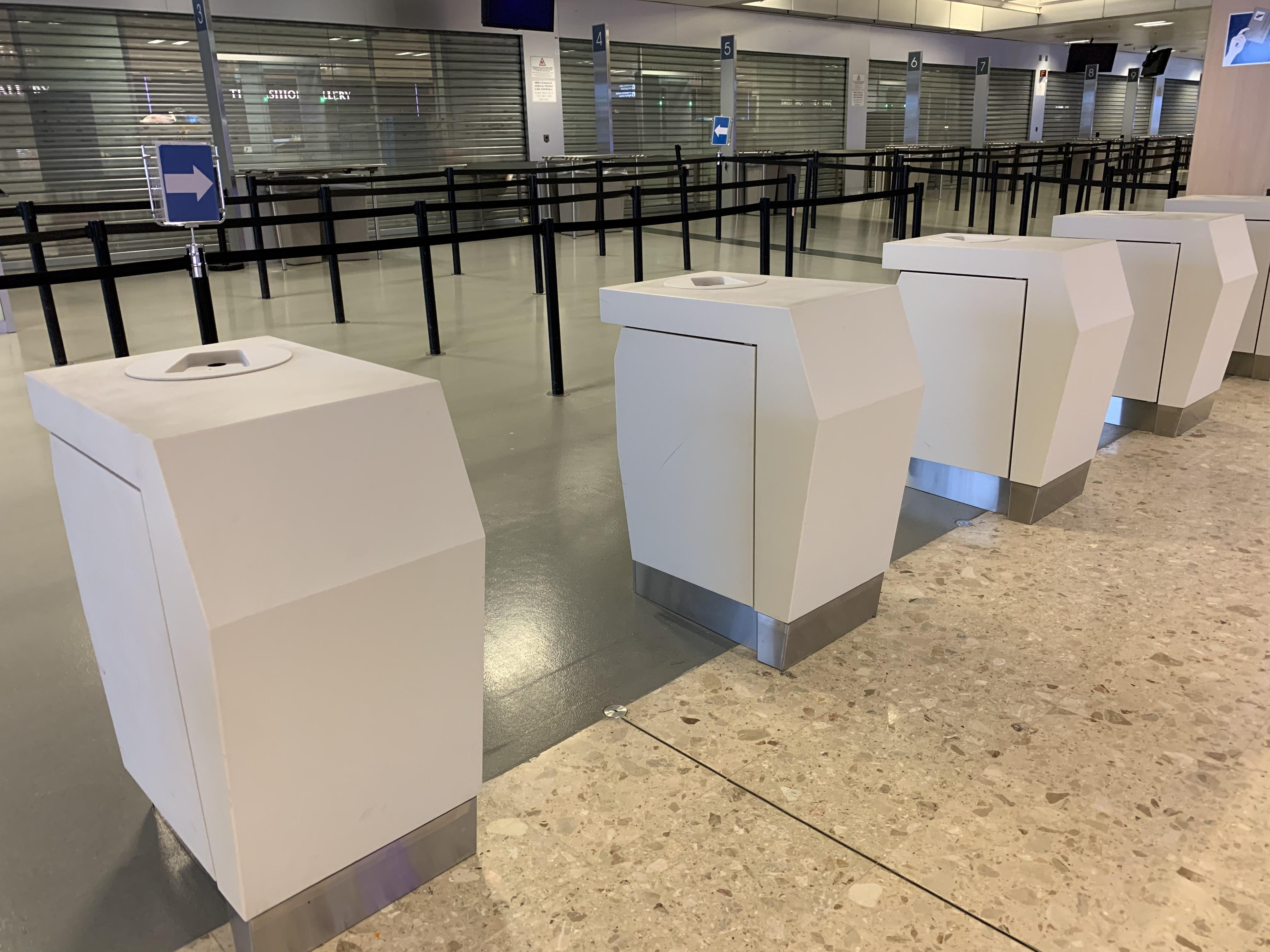 Aéroport_bornes