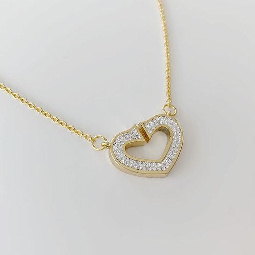 ハートのゴールドネックレス