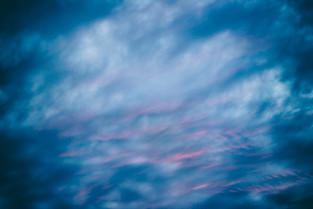 PRE Cielo azul y naranja a.jpg