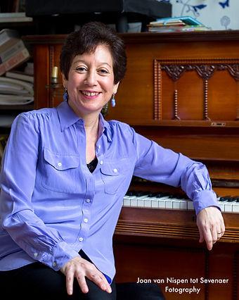 Nancy Mayer singing teacher
