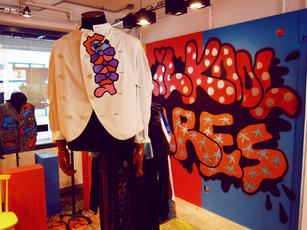 2014_lilkool_popupshop_throwy_clothes.jp
