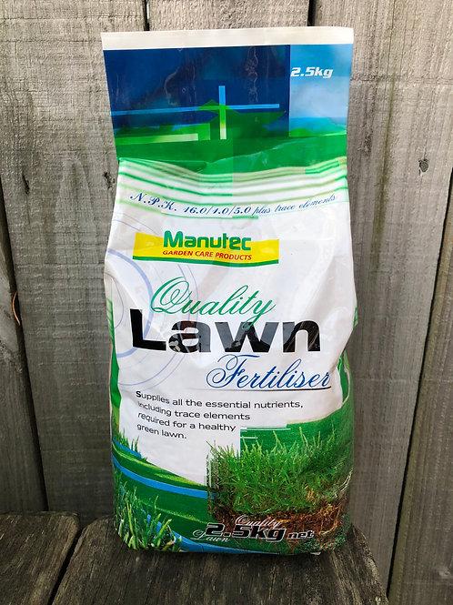 Manutec quality lawn fertiliser granules 2.5kg