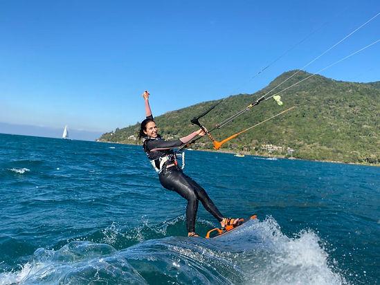 KiteSurf Bl3 Escola de Iatismo de Ilhabe