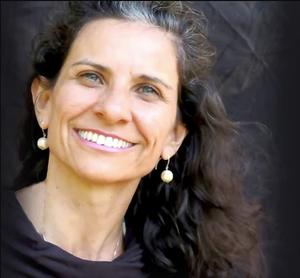 Lili Lakshmi, Diretora Yogaia Brasil