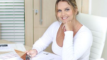 Adriana Leal dá dicas sobre como decorar ambientes da casa no programa Espaço Feminino