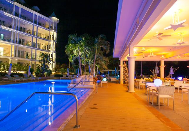 Beautiful hotel on beautiful Shoal Bay East beach